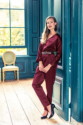 Knipmode sewing pattern | KM1811-15 | Satin jumpsuit
